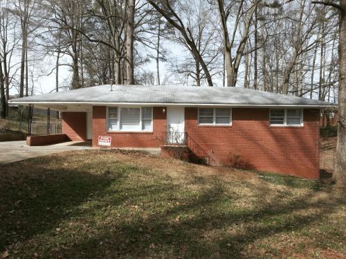 650 Monticello Drive Photo 1
