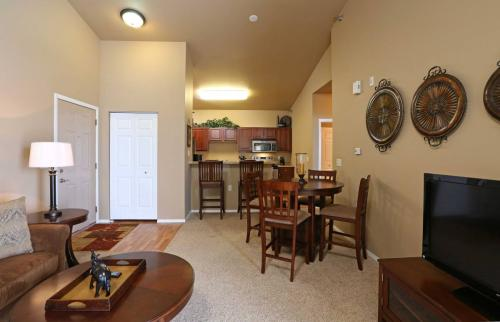 627 Ster Drive Photo 1