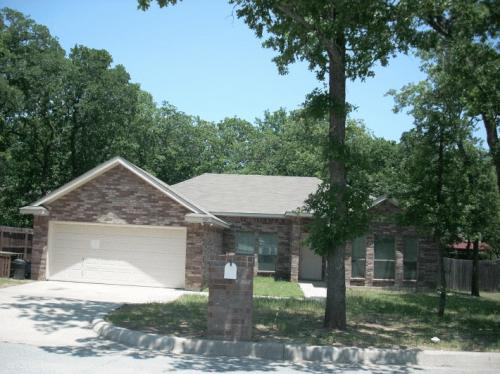 409 Meadow Crest Photo 1