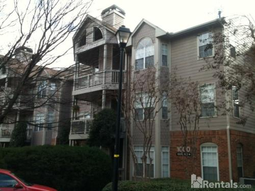 1007 Mcgill Park Avenue Photo 1