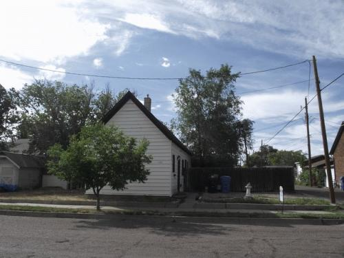 534 W Young St Photo 1