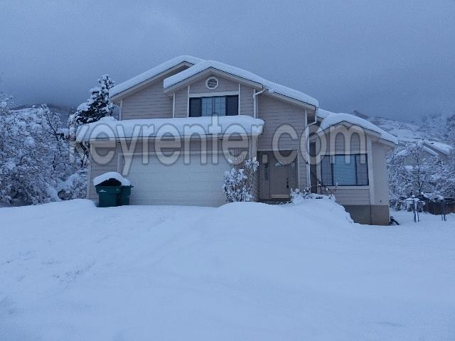 2248 N Oak Hollow Drive 2975 E Photo 1