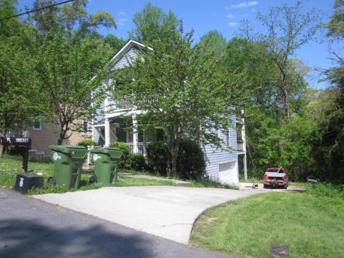 1145 Lookout Avenue NW A Photo 1