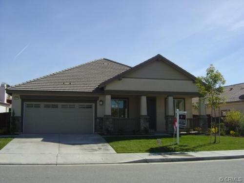 36276 Bur Oaks Avenue Photo 1