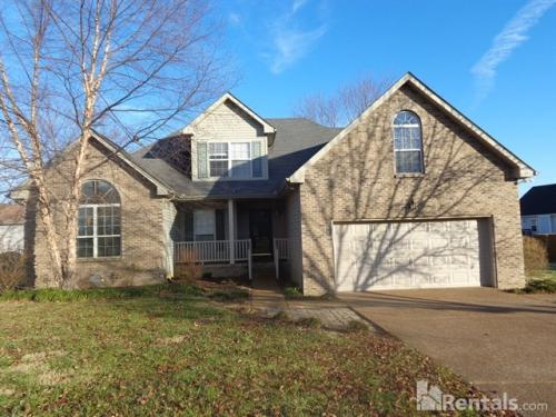 305 Sycamore Dr Photo 1