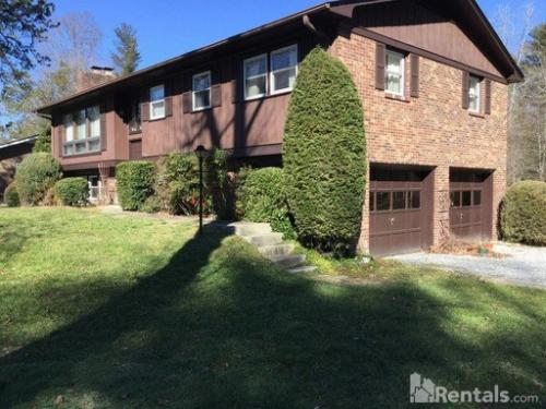 121 Brentwood Drive Photo 1