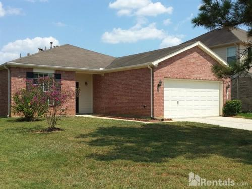 21910 Holly Branch Dr Photo 1