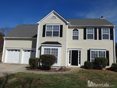 385 Highpoint Crossing Photo 1
