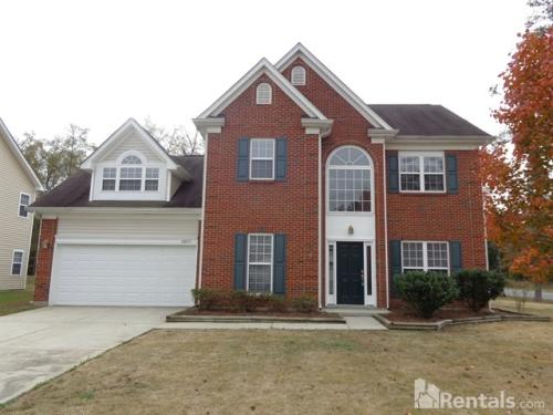 14033 Millers Creek Ln Photo 1
