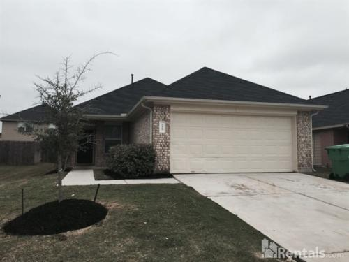2422 Hiacintas Way Photo 1