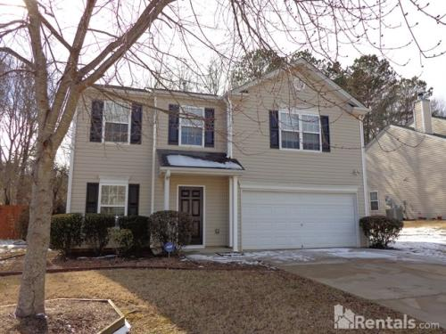 315 Westminster Dr Photo 1