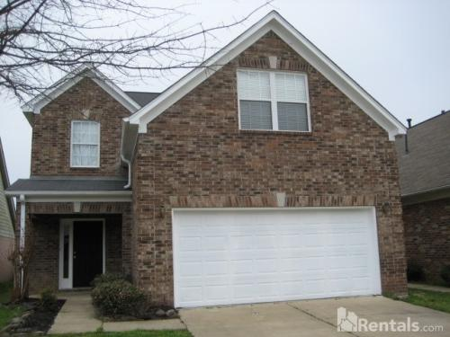 7323 Red Maple Drive Photo 1
