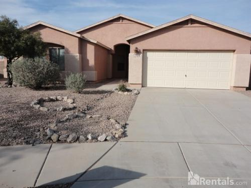 5073 E Butterweed Dr Photo 1