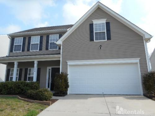 754 Celtic Crossing Dr Photo 1