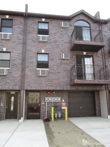 1042 Leland Ave Photo 1