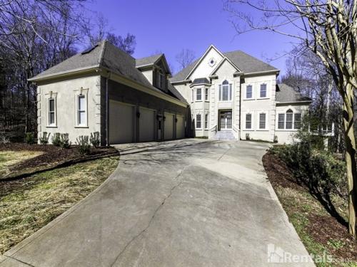 7841 Seton House Ln Photo 1