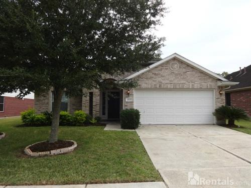 2723 Lost Maples Dr Photo 1