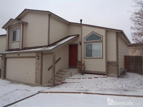 905 Lords Hill Dr Photo 1