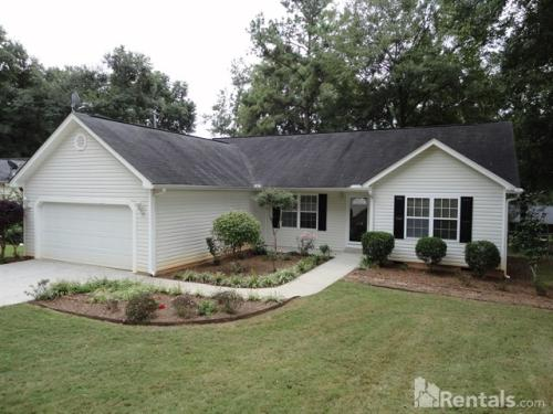 1208 Williamsburg Dr Photo 1