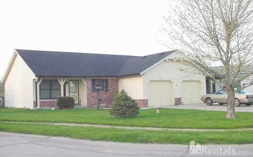972 Red Maple Court Photo 1