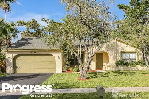 5101 SW 117th Way Photo 1