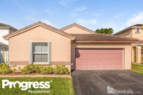 18569 NW 22nd Court Photo 1