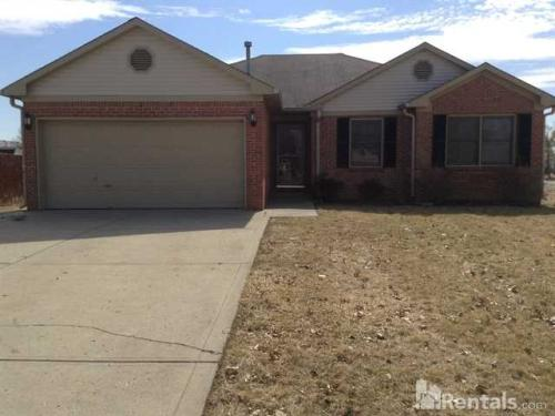 573 Clearwater Boulevard Photo 1