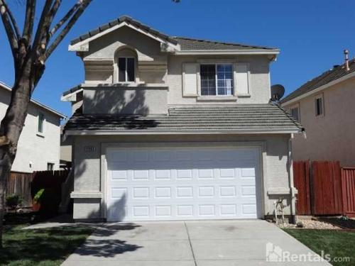4903 Waterford Way Photo 1