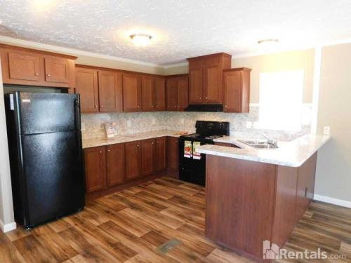 5609 Country Club Road Photo 1