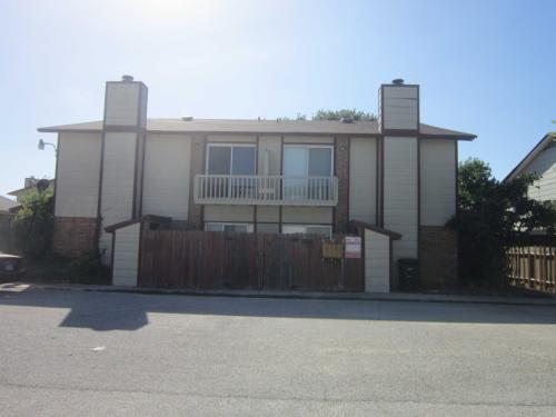 1307 Covey Lane #C Photo 1