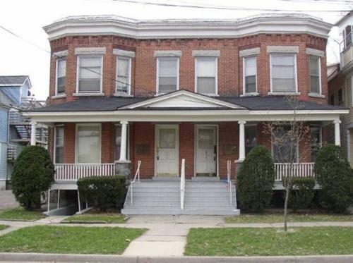 409 W Dutton Street #2E Photo 1
