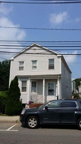 213 Schuyler Ave 2 Photo 1