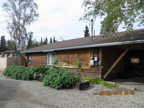 1750 Alaska Way Photo 1