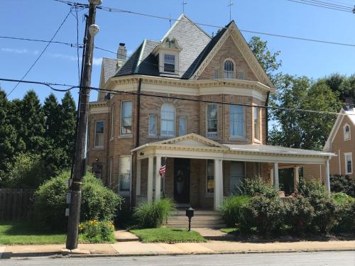 117 W Main Street Photo 1