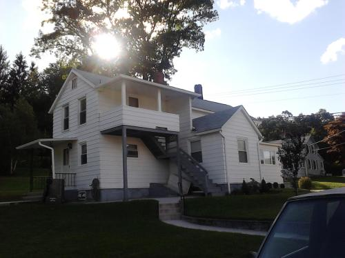 206 Lewis Street #2 Photo 1
