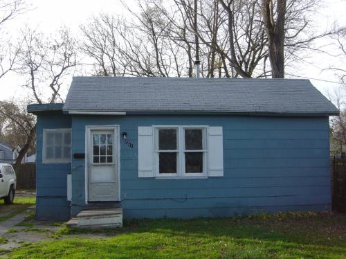 2211 Oakwood Avenue Photo 1