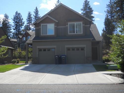 1268 SW Silverlake Boulevard Bend Oregon #100 Photo 1