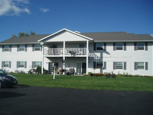 115 S Madison St Friesland Wi Available Dec 1 Photo 1