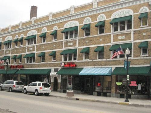 33 N Main Street Photo 1