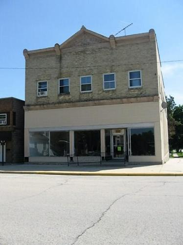 210 E Oak Street #3 Photo 1