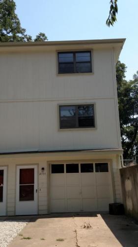 2111 S 5th Street Photo 1