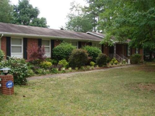 855 Cherokee Photo 1