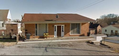104 W 3rd Ave Apt B Lenoir City Tn 37771 Photo 1