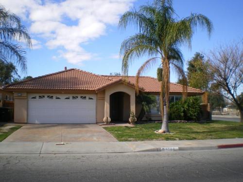 1208 Las Rosas Drive Photo 1