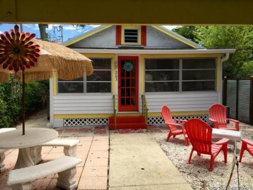 203 Cedar Avenue Photo 1