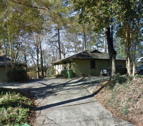 2172 Lenox Road #B Photo 1