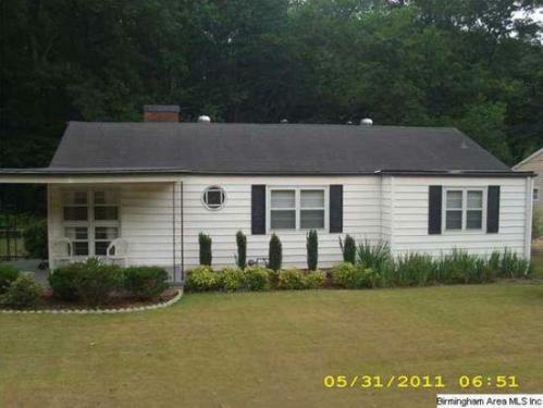 1425 Cresthill Road Photo 1