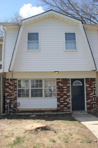 44 Willow Court Photo 1