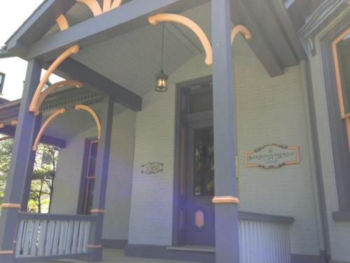 1065 W 4th Street #2E Photo 1