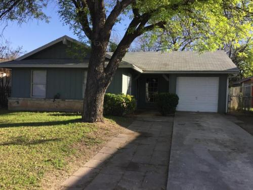1026 S Brownleaf San Antonio Tx 78227 Photo 1